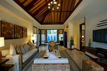 laguna villa living room