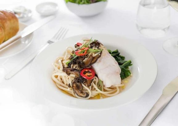 Qantas First Class Meal